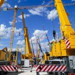 Crane and mobile crane tyres