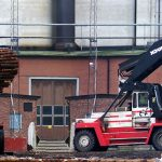 Log stacker tyres